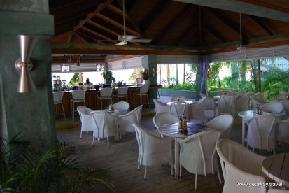 12-Couples Negril Jamaica 10-14-2007 11-12-35 AM 3872x2592