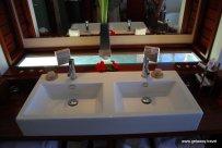 25-Likuliku Lagoon Resort Fiji 2-1-2011 1-33-41 PM