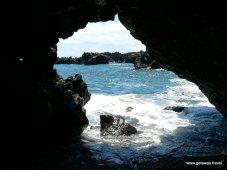 27-Maui road to hana Waianapanapa state park 3