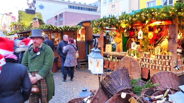 Cologne Germany Christmas Market Cruise-010